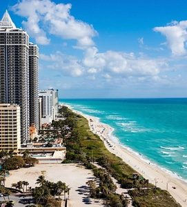 Eden Roc Miami coastline view